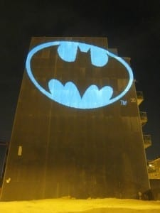 batman_bat_signal_laser_light_graffiti_barcelona-225x300