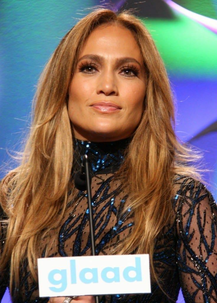 Jennifer Lopez en la 25 gala de GLAAD. Fuente: flickr. Autor: dvsross