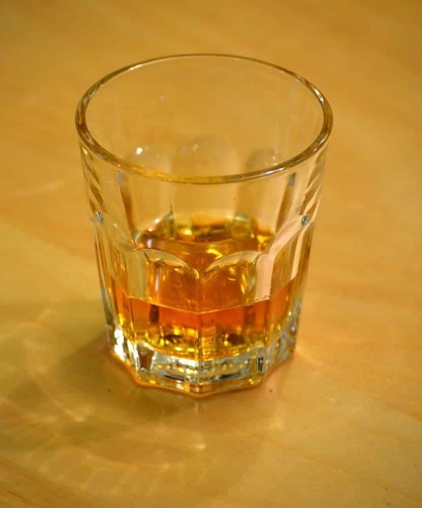 Un vaso de Whisky para el Día Mundial Sin Alcohol. Fuente: Wikipedia. AUtor: Guinnog
