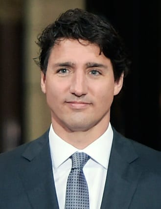 Justin Trudeau and Enrique Pena Nieto 2 crop