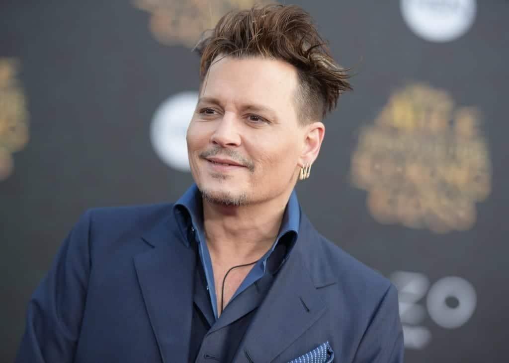 Johnny Depp en la premiere de Alice Through the Looking Glass. Fuente: Wikipedia. Autor: Jonas 528