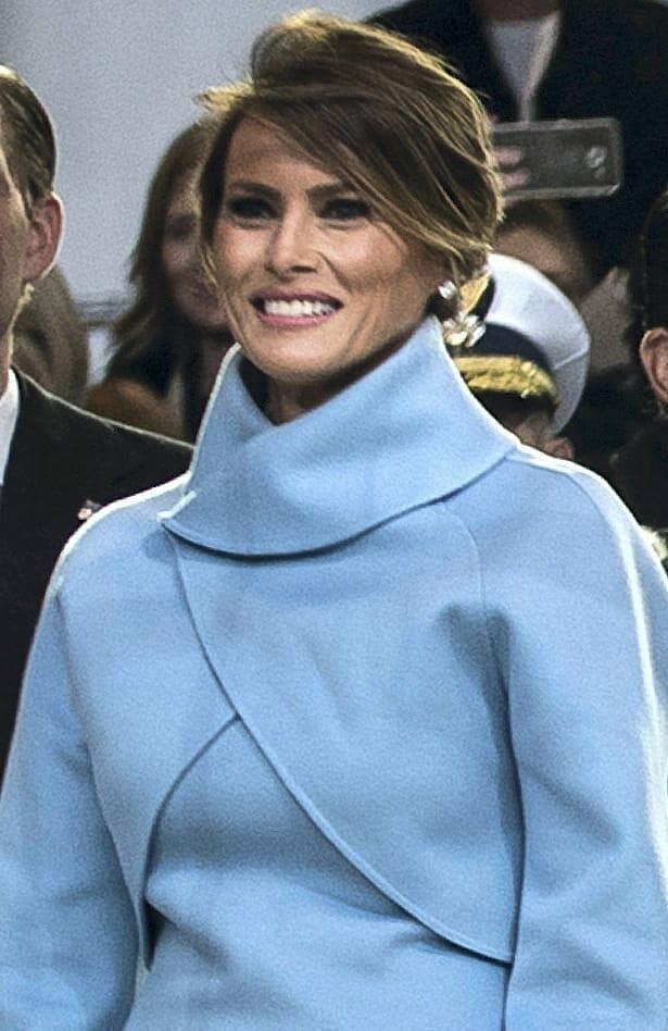 Melania Trump durante lel desfile inmaugural. Fuente: Wikipedia. Autor: Master Sgt. Michel Sauret