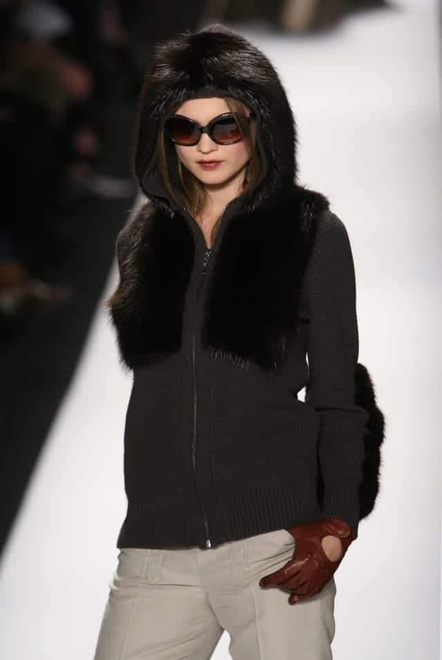 Behati Prinsloo. Fuente: Wikipedia. Autor: Ed Kavishe, Fashion Wire Press