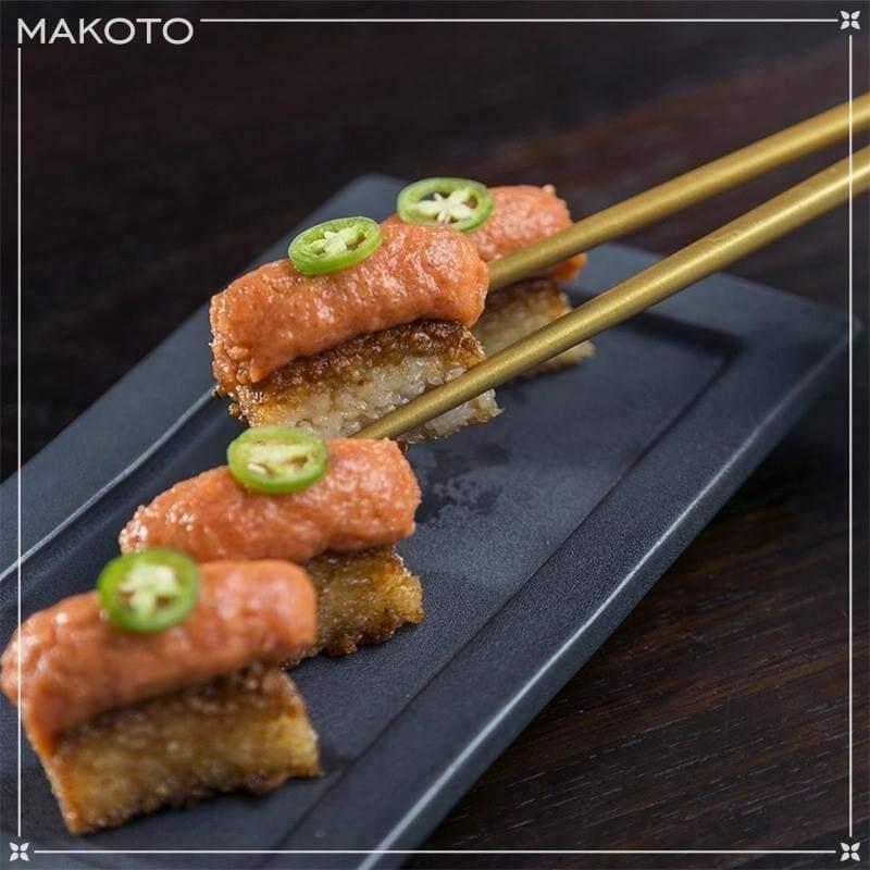 1497616031 Makoto comida familiar