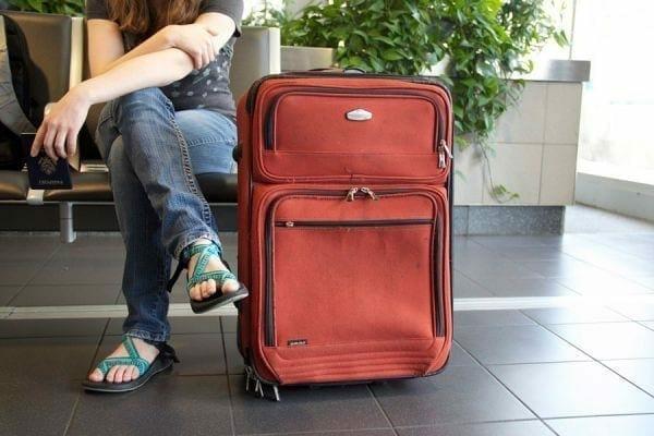 1507048450 10569a limpiar desinfectar maletas viaje equipaje l