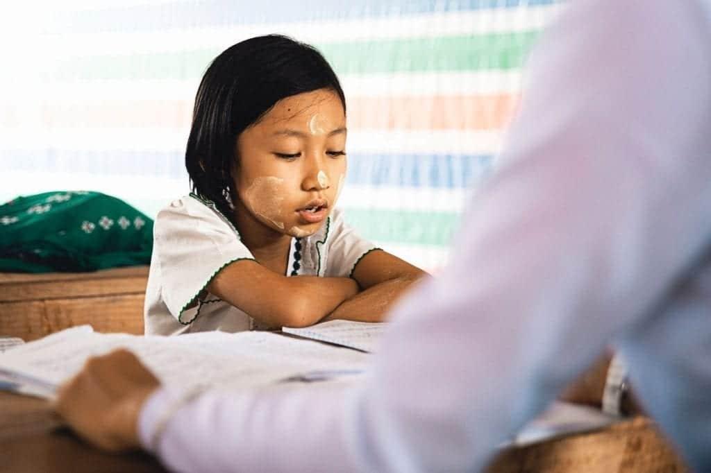 Razones por las que a algunos niños les cuesta hacer los deberes, según el neuropediatra Manuel Antonio Fernández