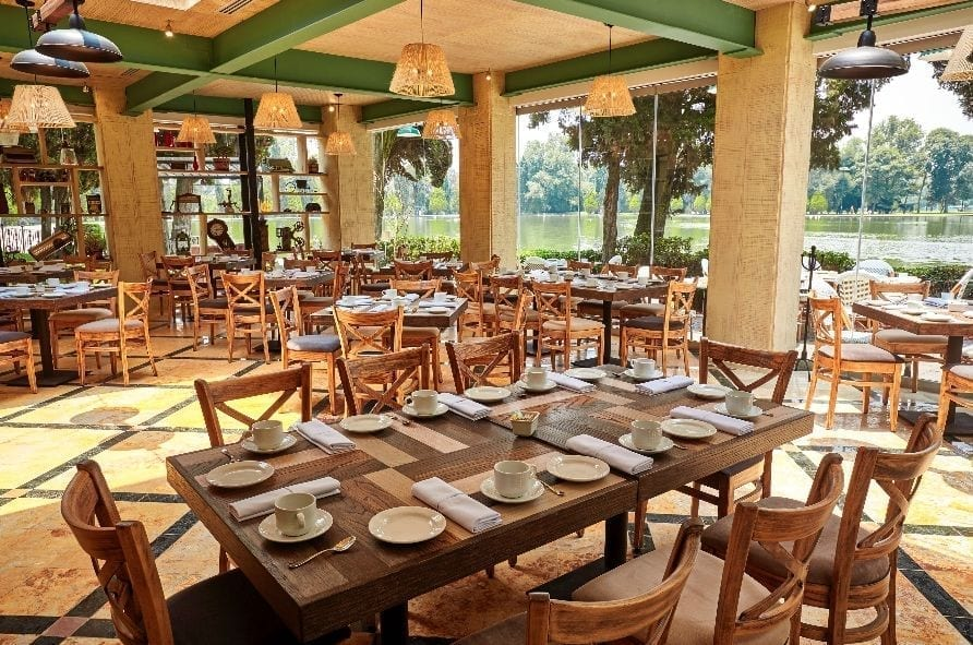 1538003960 Restaurante