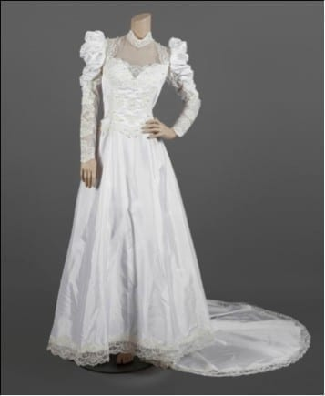 1538387720 Vestido utilizado por Madonna en su gira The Virgin Tour