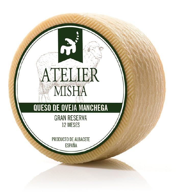 Las razones por las que se debe tomar queso de oveja según Atelier Misha