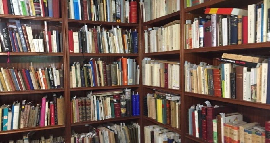 Crece la demanda de libros descatalogados y libros de segunda mano, según librería Llera Pacios