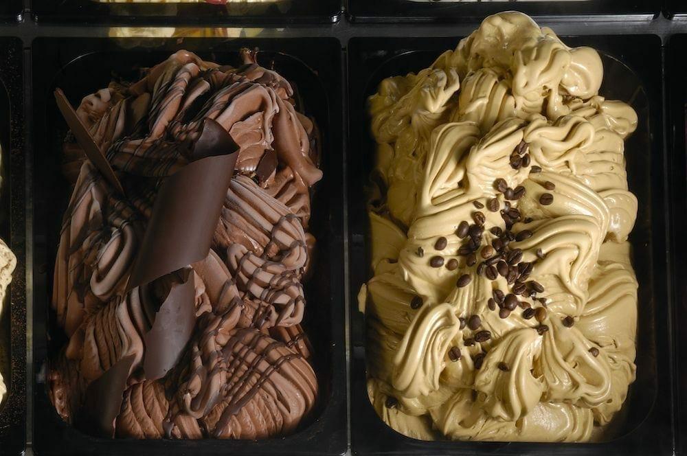 1588255342 helado shop