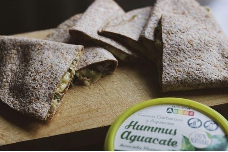 Taste Shukran propone tres recetas con hummus de aguacate para reponer energía tras el entrenamiento diario